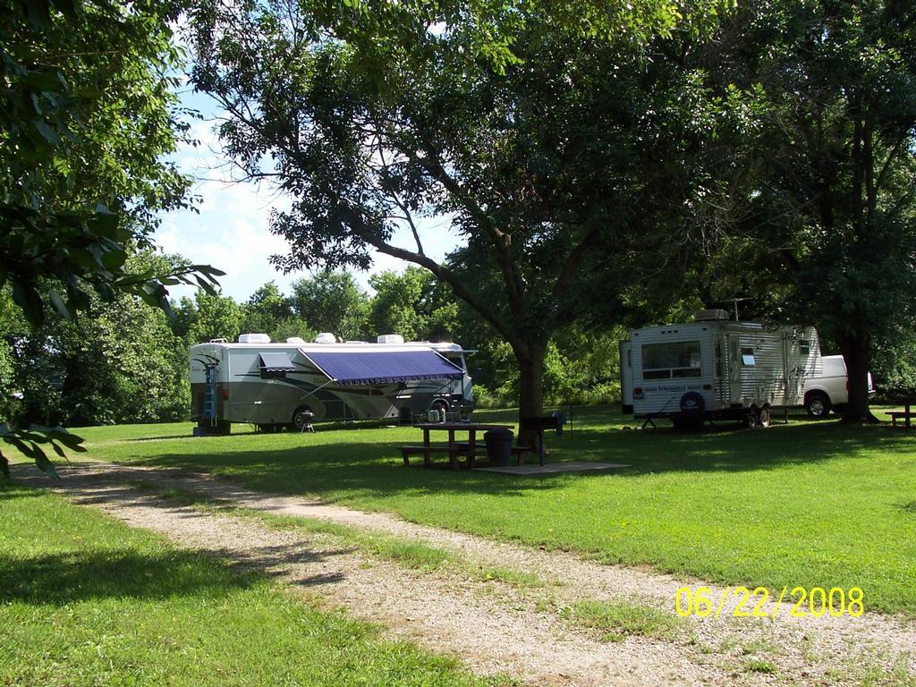 Cassville Motor Inn Amp Rv Park Cassville Mo 65625 417